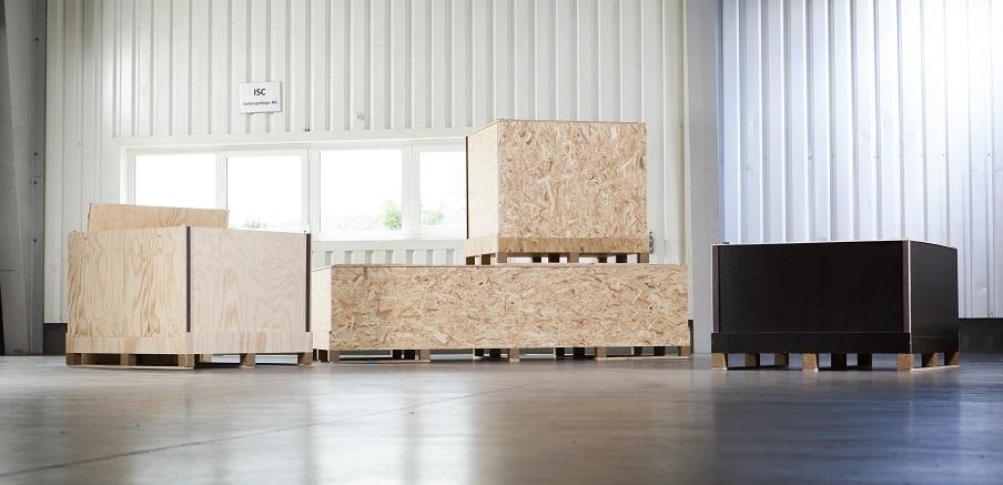 Hier sehen Sie ISC Boxen in verschiedenen Größen aus OSB und Sperrholz